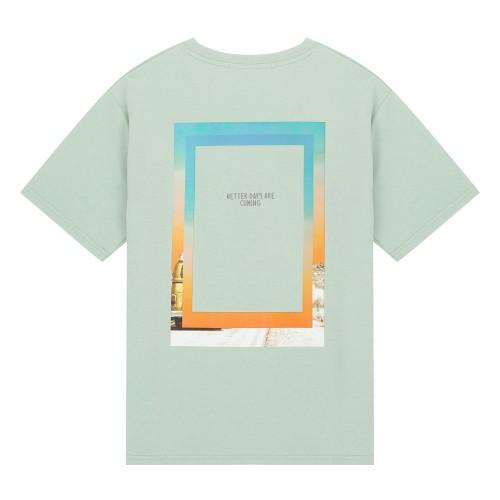 그래픽프린트 릴렉스핏 반팔 티셔츠_HTG505