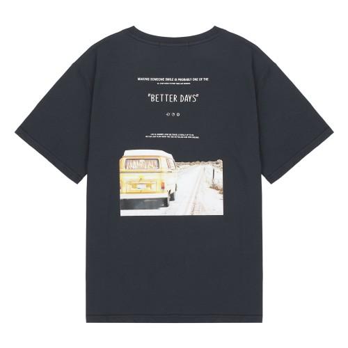전사그래픽 릴렉스핏 반팔 티셔츠_HTG509